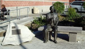 The Sugihara Memorial in Little Tokyo, Los Angeles. Courtesy of the Wikimedia Foundation.