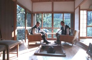 President Ronald Reagan (right) and Prime Minister Nakasone Yasuhiro (left) at Nakasone's private home. The two men had a close friendship, making Nakasone more sympathetic to US interests than most Japanese leaders. As a result, Nakasone was one of the few LDP leaders to advocate for a stronger role for Japan in international politics.