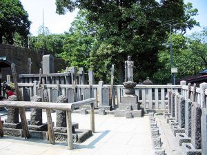 The graves of the 47 Ronin at Sengakuji in Tokyo.