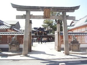 The front gate of the Seimei Shrine, built to commemorate Abe no Seimei.
