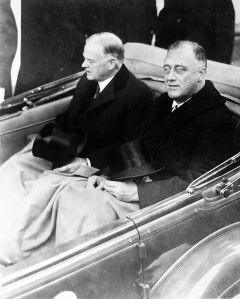 Franklin Delano Roosevelt (right) with his predecessor Herbert Hoover on Inauguration Day in March, 1933. Roosevelt's leadership style would prove the antithesis of the weak style of Konoe.