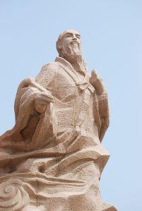 A statue of Xu Fu in modern Weihai, Shandong.