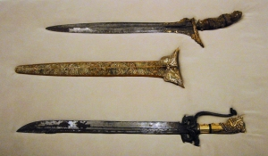 These daggers were purchased by Hasekura in the Philippines during his return journey, and now reside in the Iwate Prefectural Museum.